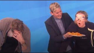 クリスティン・ベル & ダックス・シェパードの全然噛み合っわない爆笑目隠し食品当てチャリティーチャレンジ《日本語字幕》