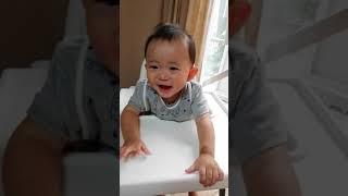 【赤ちゃん おもしろ顔】酸っぱい編